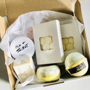 Soy Melts & Bath Bombs Hamper